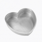 American Metalcraft Heart Pizza Pan 7 Inch